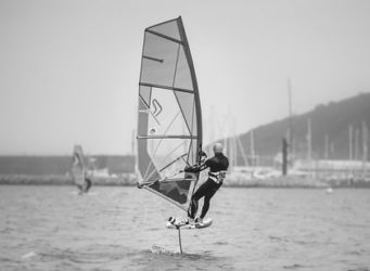 What is the Difference Between Windsurfing and WindFoiling?